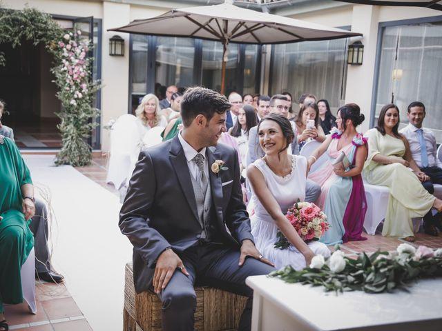 La boda de Álvaro y Lara en Castellar De La Frontera, Cádiz 19