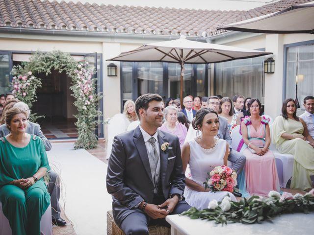 La boda de Álvaro y Lara en Castellar De La Frontera, Cádiz 20