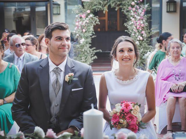 La boda de Álvaro y Lara en Castellar De La Frontera, Cádiz 23