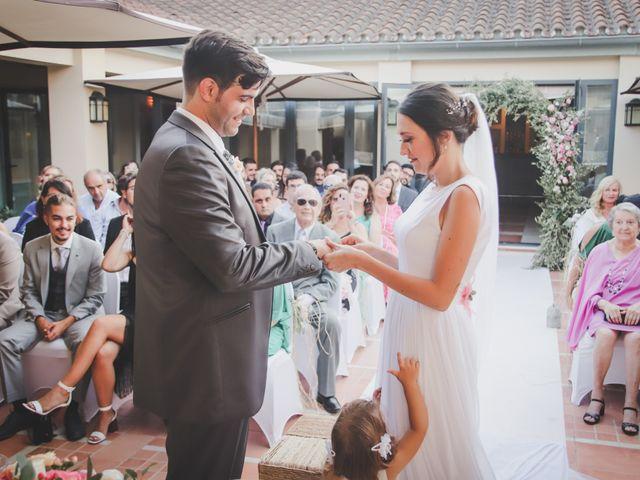 La boda de Álvaro y Lara en Castellar De La Frontera, Cádiz 27