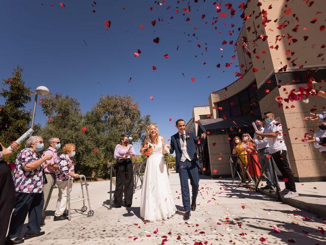 La boda de Borja y Tamara en Navacepedilla De Corneja, Ávila 2