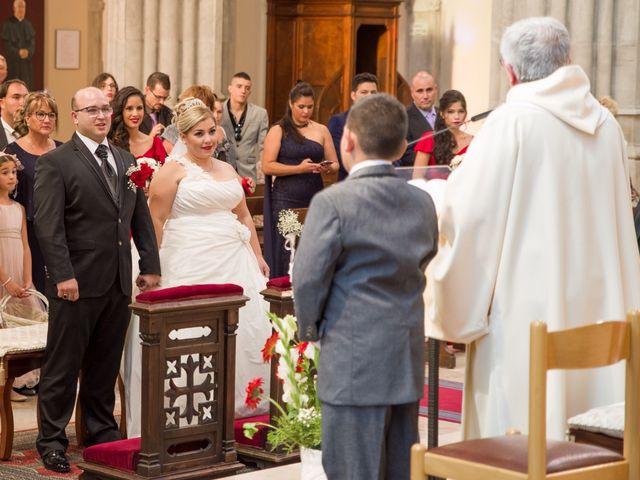 La boda de Luis y Elisabet en Reus, Tarragona 23