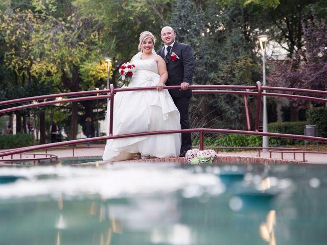 La boda de Luis y Elisabet en Reus, Tarragona 38