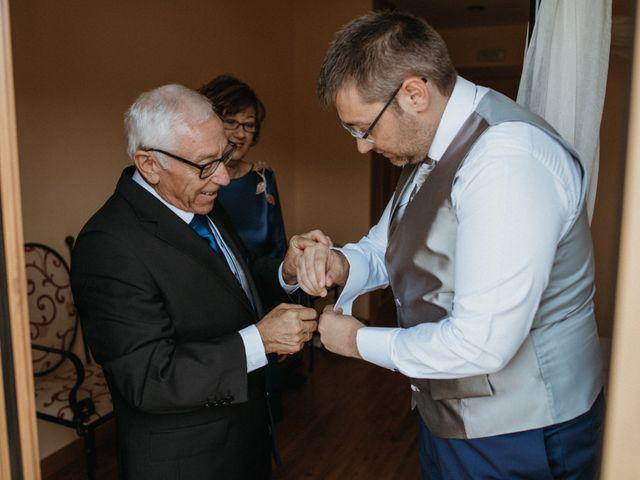 La boda de Raúl y Cristina en San Leonardo De Yague, Soria 16