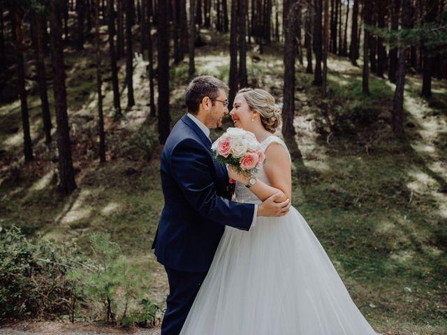 La boda de Raúl y Cristina en San Leonardo De Yague, Soria 32