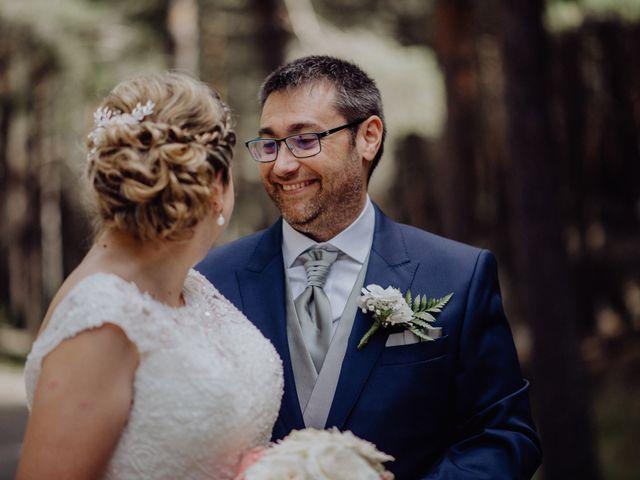 La boda de Raúl y Cristina en San Leonardo De Yague, Soria 34