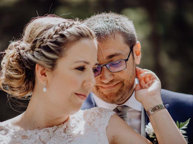 La boda de Raúl y Cristina en San Leonardo De Yague, Soria 38