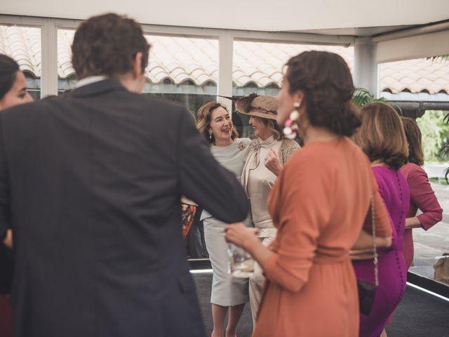 La boda de Gonzalo y Patricia en Hondarribia, Guipúzcoa 39