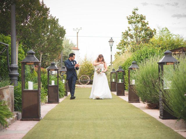 La boda de Roberto y Alba en El Vellon, Madrid 16