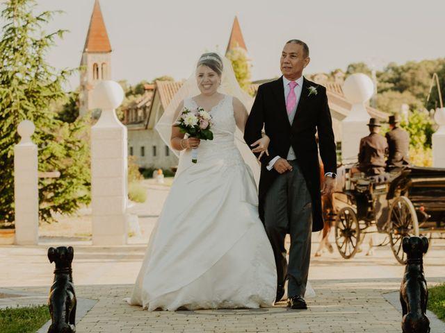 La boda de Daniel y María Paola en El Berrueco, Madrid 56