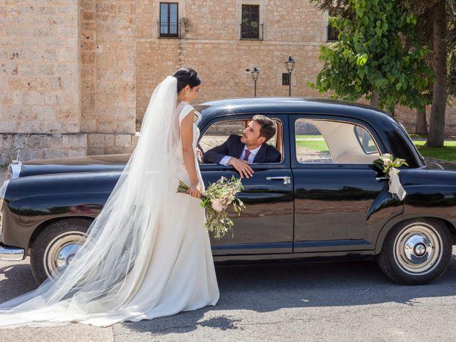 La boda de Santi y Esther en San Bernardo, Valladolid 1