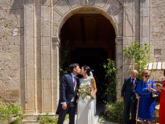 La boda de Santi y Esther en San Bernardo, Valladolid 23