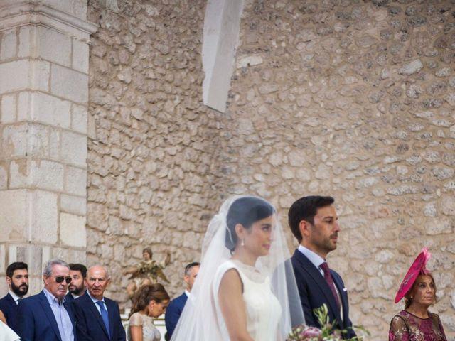 La boda de Santi y Esther en San Bernardo, Valladolid 25
