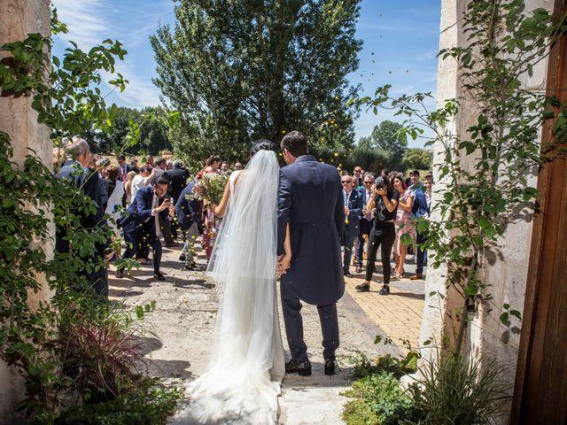 La boda de Santi y Esther en San Bernardo, Valladolid 38