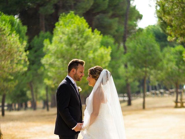 La boda de Macarena y José Antonio en Dos Hermanas, Sevilla 44