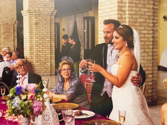 La boda de Macarena y José Antonio en Dos Hermanas, Sevilla 73