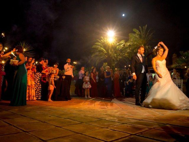 La boda de Macarena y José Antonio en Dos Hermanas, Sevilla 78
