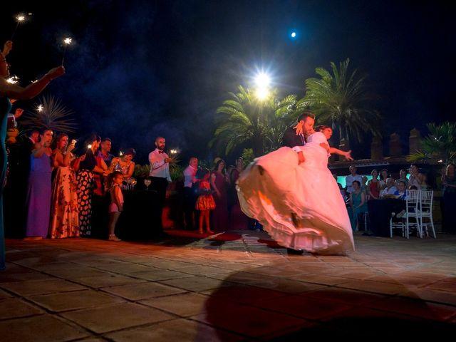 La boda de Macarena y José Antonio en Dos Hermanas, Sevilla 80