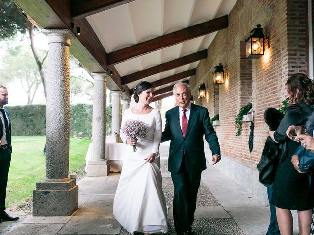 La boda de Álvaro y Adriana en Pozuelo De Alarcón, Madrid 21