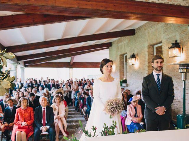 La boda de Álvaro y Adriana en Pozuelo De Alarcón, Madrid 24