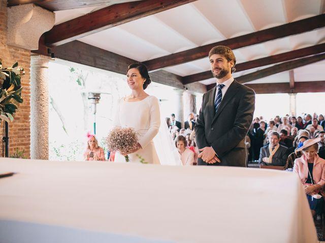 La boda de Álvaro y Adriana en Pozuelo De Alarcón, Madrid 25