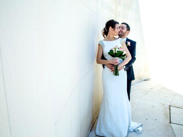 La boda de Alberto y Isabel en Madrid, Madrid 23