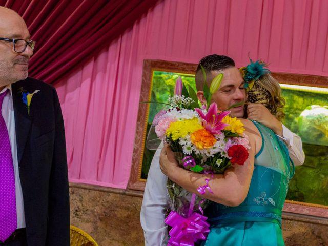 La boda de Mario y Amaya en Yunclillos, Toledo 17