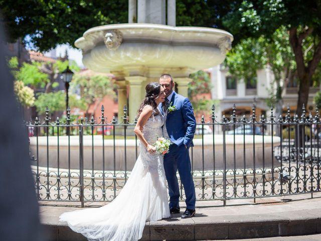 La boda de Cristi y Samuel en San Cristóbal de La Laguna, Santa Cruz de Tenerife 25