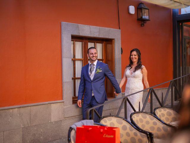 La boda de Cristi y Samuel en San Cristóbal de La Laguna, Santa Cruz de Tenerife 30