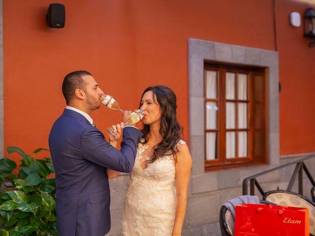 La boda de Cristi y Samuel en San Cristóbal de La Laguna, Santa Cruz de Tenerife 31