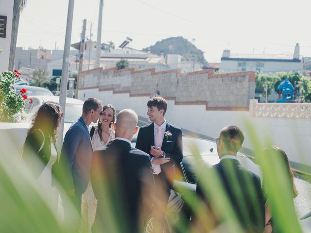 La boda de Baptiste y Gabriela en Garraf, Barcelona 13