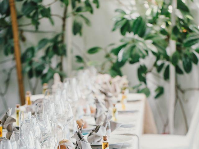 La boda de Baptiste y Gabriela en Garraf, Barcelona 15