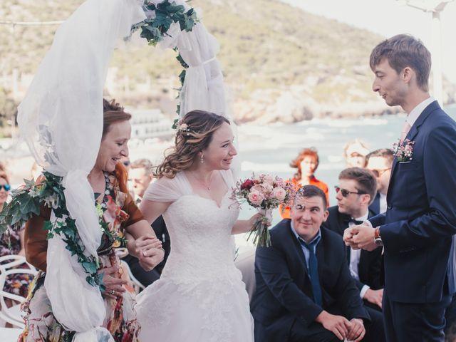 La boda de Baptiste y Gabriela en Garraf, Barcelona 33