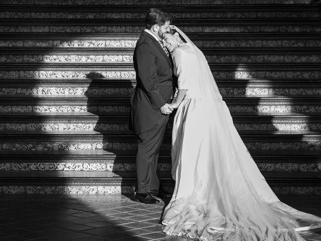 La boda de Miguel Ángel y Mari Trini en Sevilla, Sevilla 59