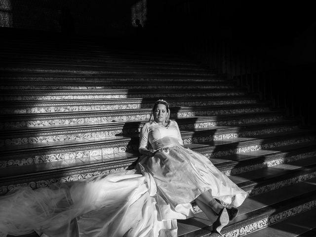 La boda de Miguel Ángel y Mari Trini en Sevilla, Sevilla 62