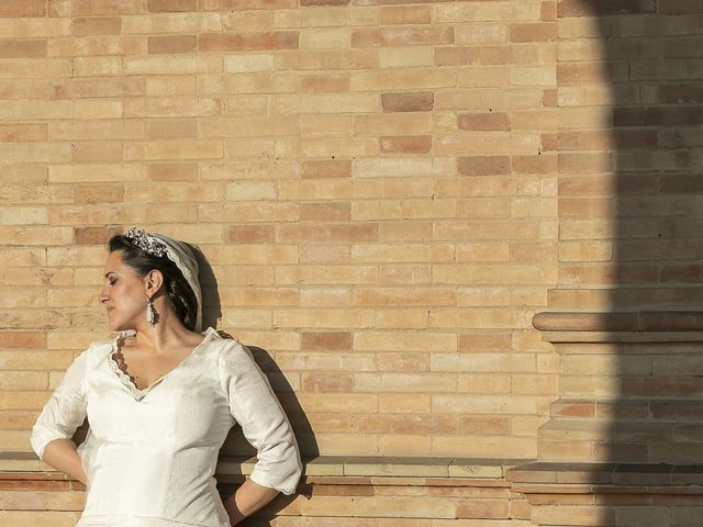 La boda de Miguel Ángel y Mari Trini en Sevilla, Sevilla 72