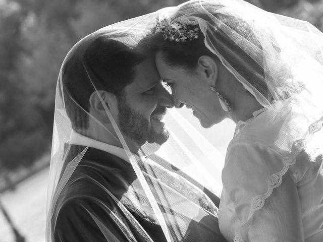 La boda de Miguel Ángel y Mari Trini en Sevilla, Sevilla 75
