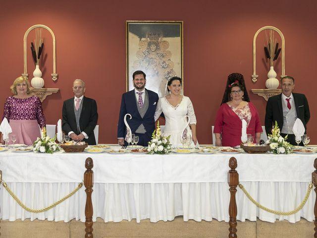 La boda de Miguel Ángel y Mari Trini en Sevilla, Sevilla 102