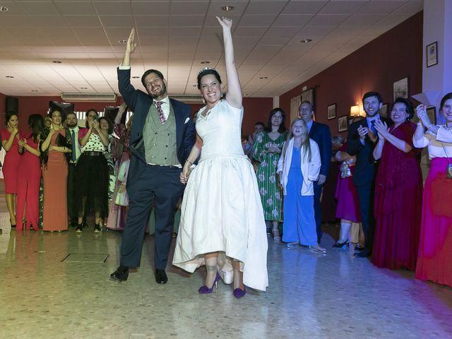 La boda de Miguel Ángel y Mari Trini en Sevilla, Sevilla 116