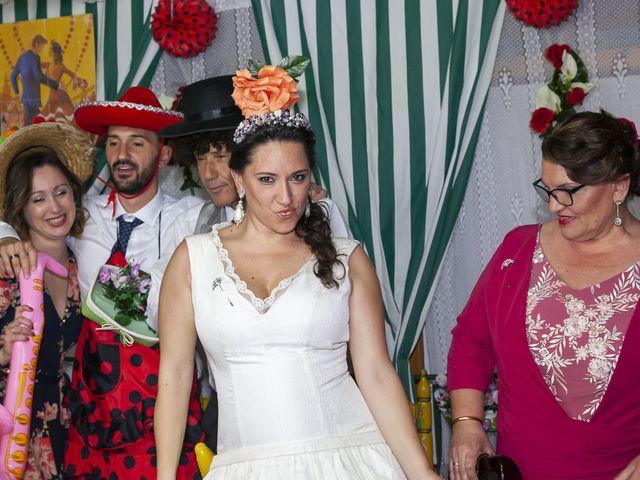 La boda de Miguel Ángel y Mari Trini en Sevilla, Sevilla 120