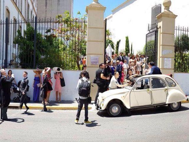 La boda de Jorge y Elvira en El Puerto De Santa Maria, Cádiz 2