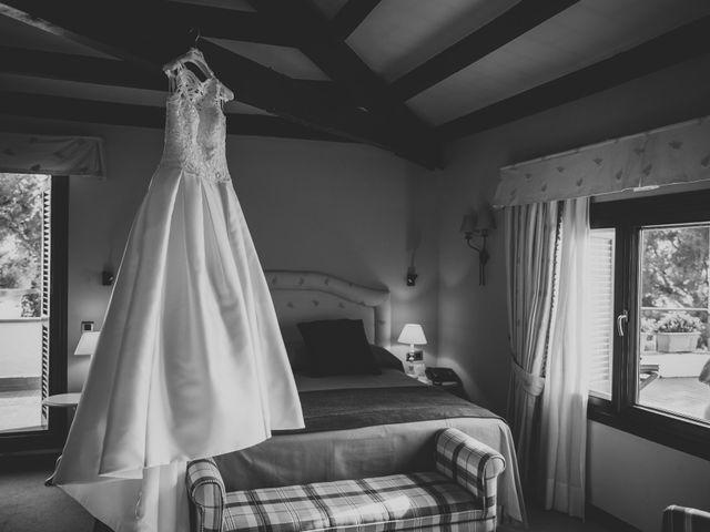La boda de Baldiri y Isabel en Castelldefels, Barcelona 17