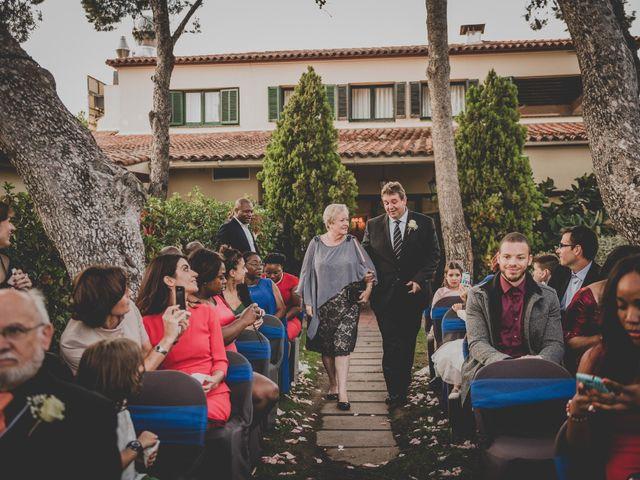 La boda de Baldiri y Isabel en Castelldefels, Barcelona 35