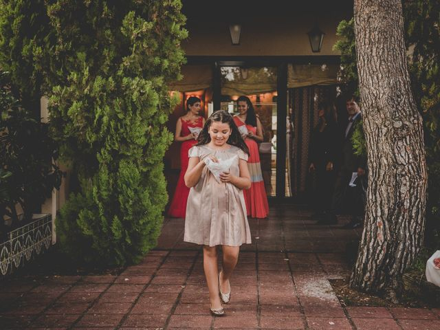 La boda de Baldiri y Isabel en Castelldefels, Barcelona 37