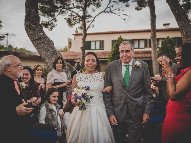 La boda de Baldiri y Isabel en Castelldefels, Barcelona 41