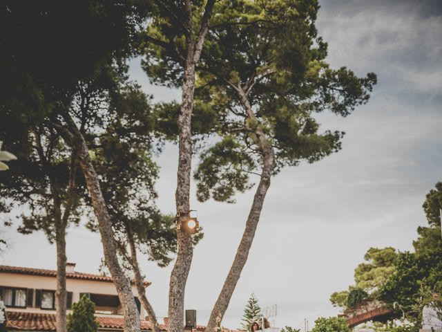 La boda de Baldiri y Isabel en Castelldefels, Barcelona 49