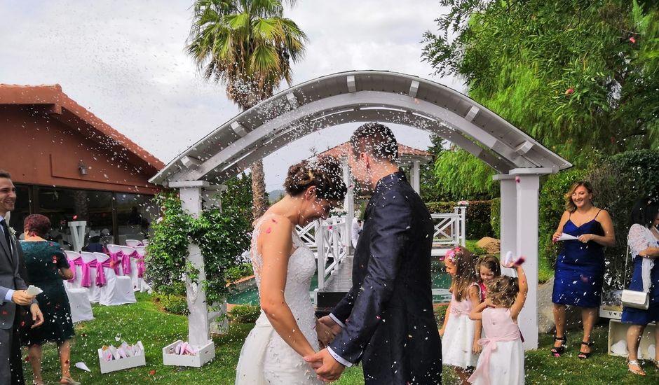La boda de Dani y Victoria en Montbrio Del Camp, Tarragona
