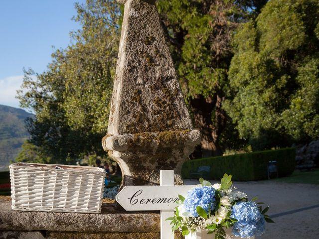 La boda de Luis y Cintia en Soutomaior, Pontevedra 27