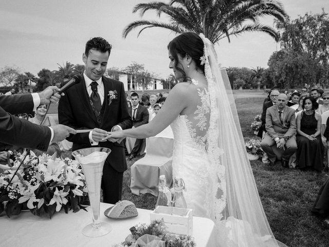 La boda de Jorge y Laura en Catarroja, Valencia 30