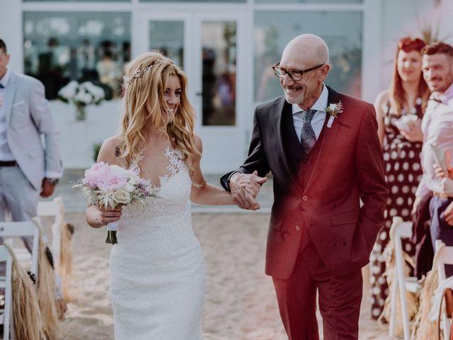 La boda de Kike y Ivonne en Malgrat De Mar, Barcelona 53